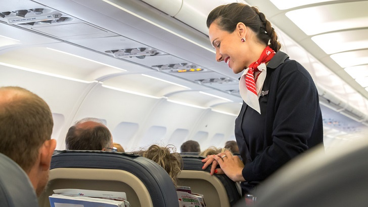 Flight attendants begin accepting tips