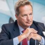 Cathay Pacific CEO resigns