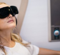 this-airline-is-testing-vr-entertainment-for-first-class-passengers-1200x630
